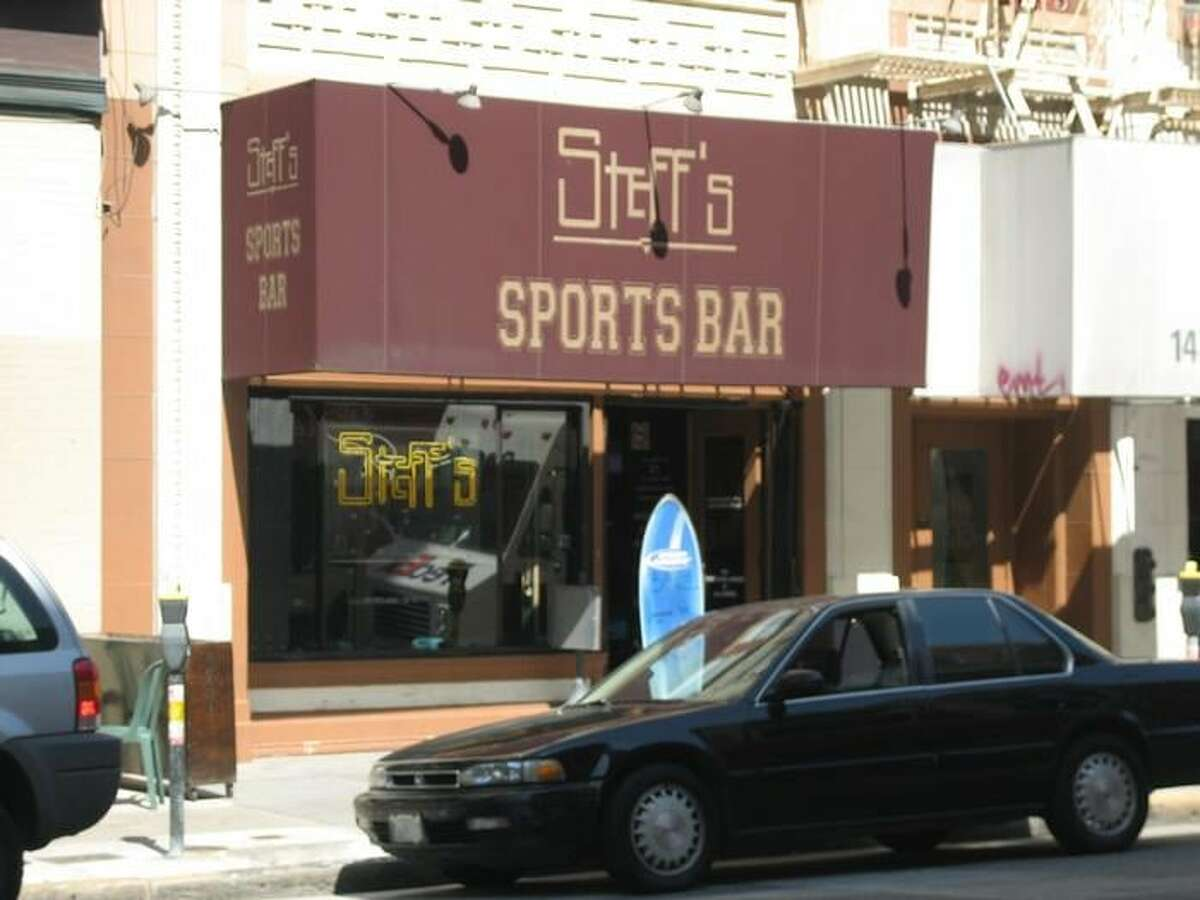 Steff's Total walk time: 16 mins This sports bar has a bunch of flat-screen TVs, cheap drinks and even offers free popcorn. Find them:141 2nd St., San Francisco