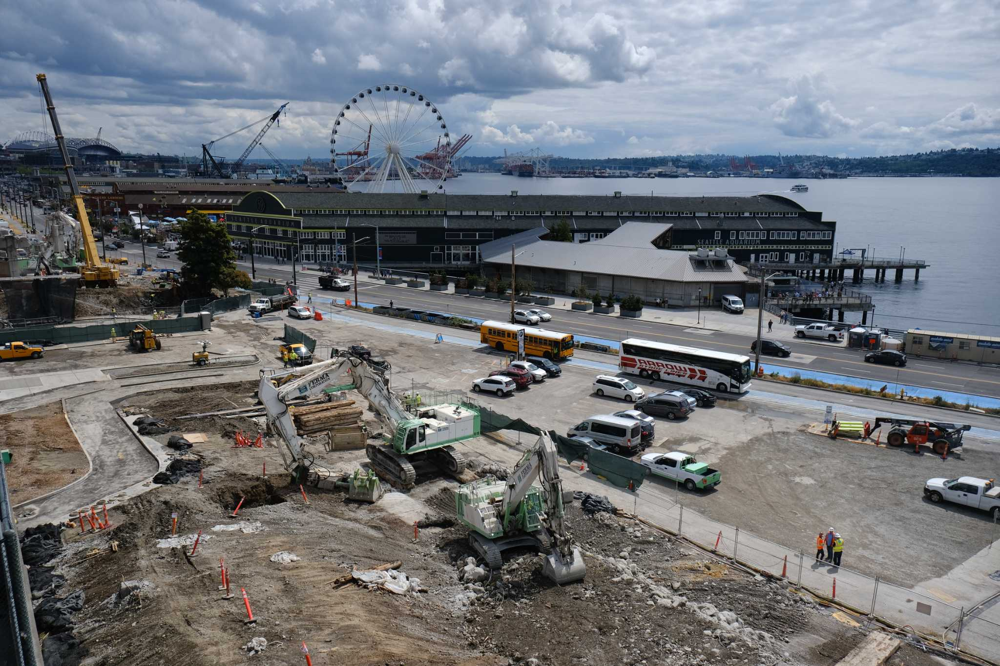 WSDOT releases behind-the-scenes video of Alaskan Way Viaduct demolition as crew moves south