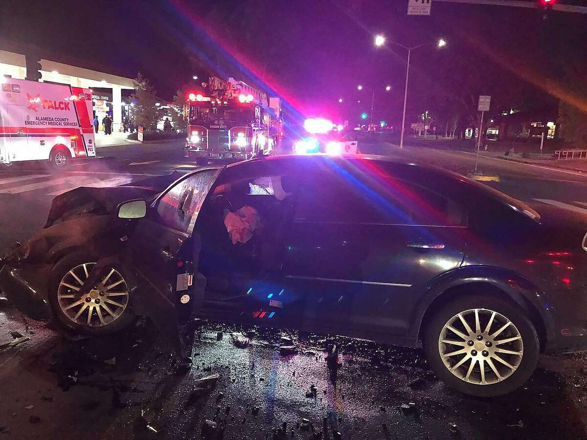 An AC Transit bus and a car collided early Tuesday morning in Union City, sending 5 people to the hospital and leaving 5 others with minor injuries, officials said.