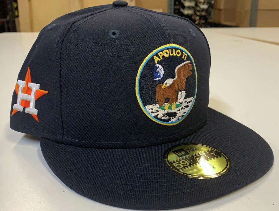 Astros to wear special caps honoring Apollo 11