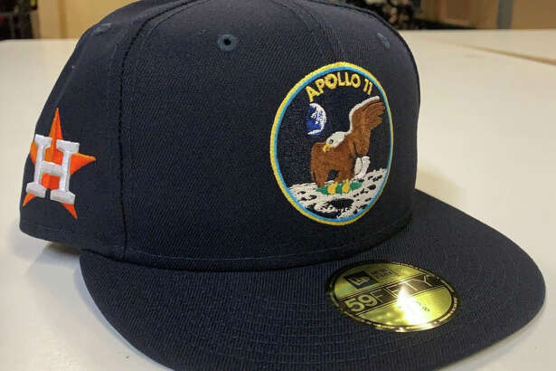 Tthe Astros will wear Apollo 11 caps for Monday's game against Oakland at Minute Maid Park.
