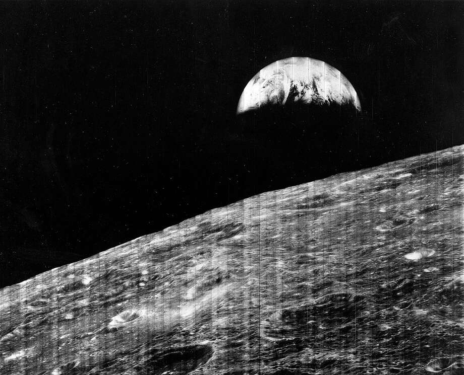 Earth Rise Viewed From The Moon, The First Photograph Of Earth Taken From The Vicinity Of The Moon, Captured By Lunar Orbiter 1, Aug, 23, 1966. (Photo By Encyclopaedia Britannica/UIG Via Getty Images) Photo: Encyclopaedia Britannica/Universal Images Group Via Getty