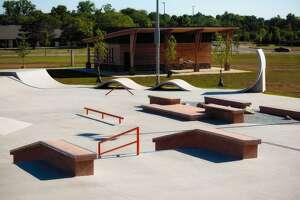 A group of skaters hopes to build skatepark in Redding.