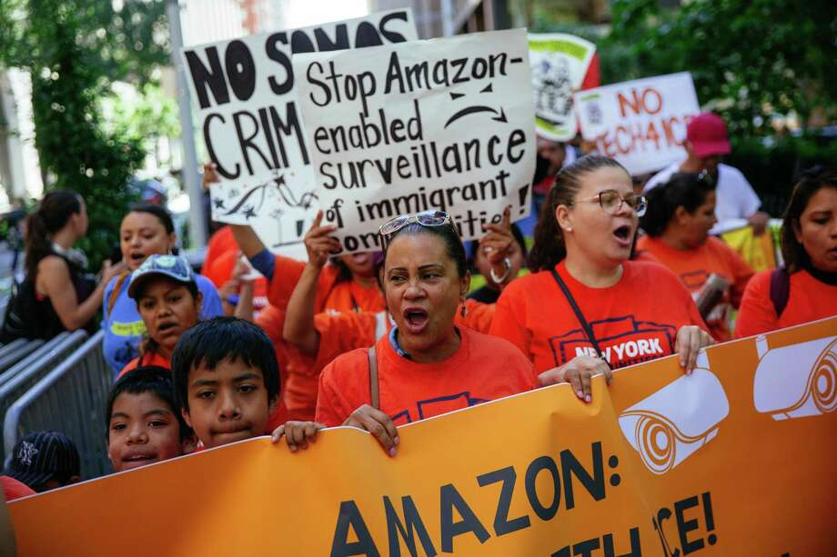 NEW YORK, NY - JULY 15: Protestors march to a building where Amazon owner Jeff Bezos owns property on July 15, 2019 in New York City. The protest, raising awareness of Amazon facilitating ICE surveillance efforts, coincides with Amazon's Prime Day, when Amazon offers discounts to Prime members. (Photo by Kevin Hagen/Getty Images) *** BESTPIX *** Photo: Kevin Hagen / 2019 Getty Images