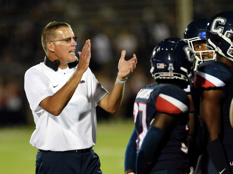 UConn coach Randy Edsall, shown in an Aug. 20 game against UCF, is concentrating on preparing his team for the upcoming season rather than worrying about UConn's exit from the AAC. Photo: Stephen Dunn / Associated Press / Copyright 2018 The Associated Press. All rights reserved