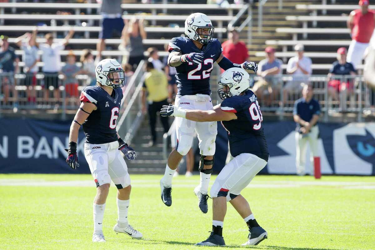 UConn linebacker Eli Thomas (22) will not be cleared medically to play again for UConn after suffering a stroke last year.