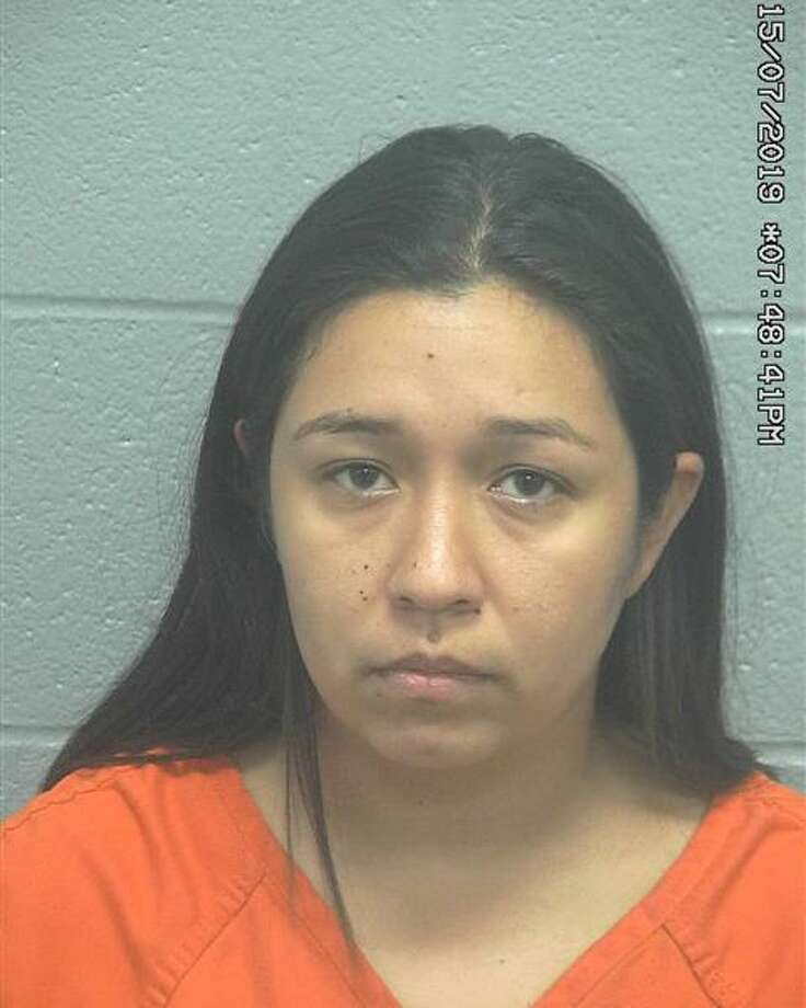 Amber Ontiveros, 30, was charged with two counts of abandoning or endangering a child by criminal negligence, a state felony. Ontiveros was released on bond. Photo: Midland County Sheriff's Office