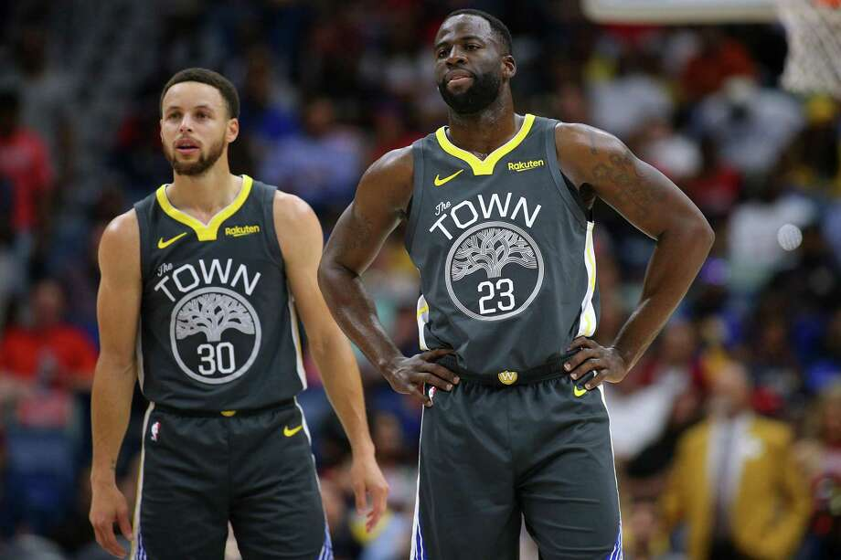 Stephen Curry #30 of the Golden State Warriors and Draymond Green #23 reacts during a game against the New Orleans Pelicans at the Smoothie King Center on April 09, 2019 in New Orleans, Louisiana. Photo: Jonathan Bachman / Getty Images / 2019 Jonathan Bachman