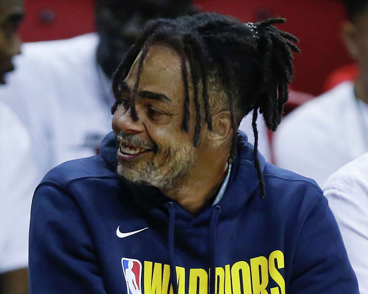 D'Angelo Russell of the Golden State Warriors gets the FaceApp