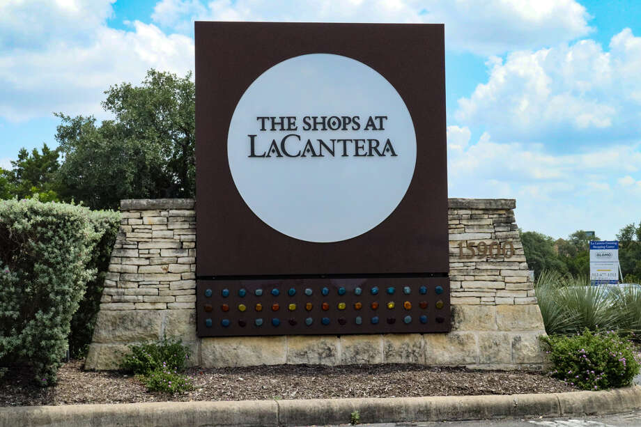 The Shops at La Cantera Photo: Khainon Adams