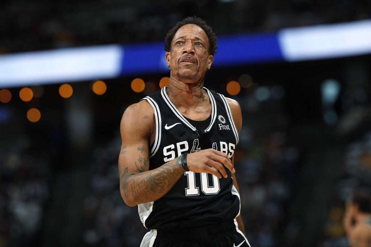 Spurs shooting guard DeMar DeRozan gets the FaceApp