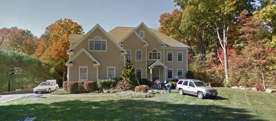 23 Lazy Brook Road Seller/buyer: Deanna Toohey to Glenn and Andrea Russo  Price: $805,000 Photo: Google Maps