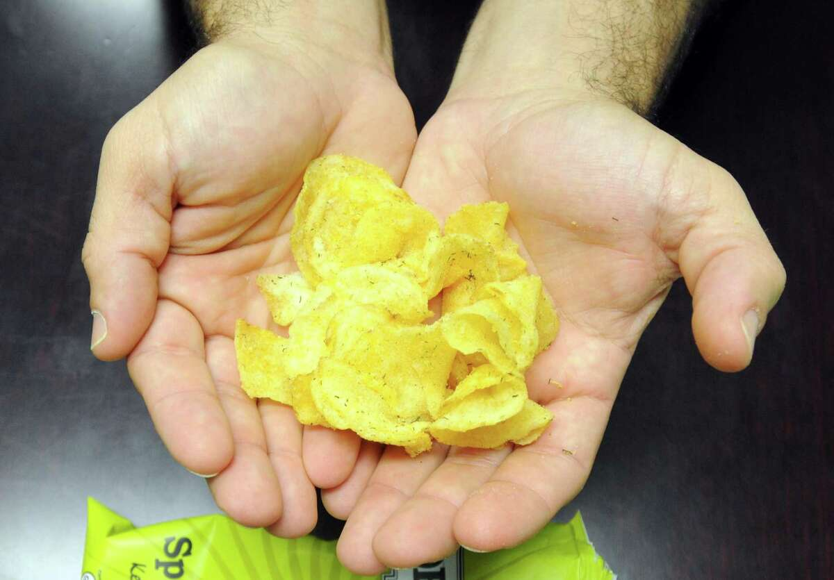 Instead of eating potato chips, try an snackercize break and get some excercise.