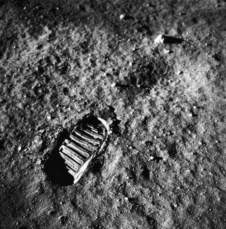 "As he stepped on to the surface of the moon, astronaut Neil Armstrong proclaimed, ""That's one small step for man, one giant leap for mankind."" (NASA)"
