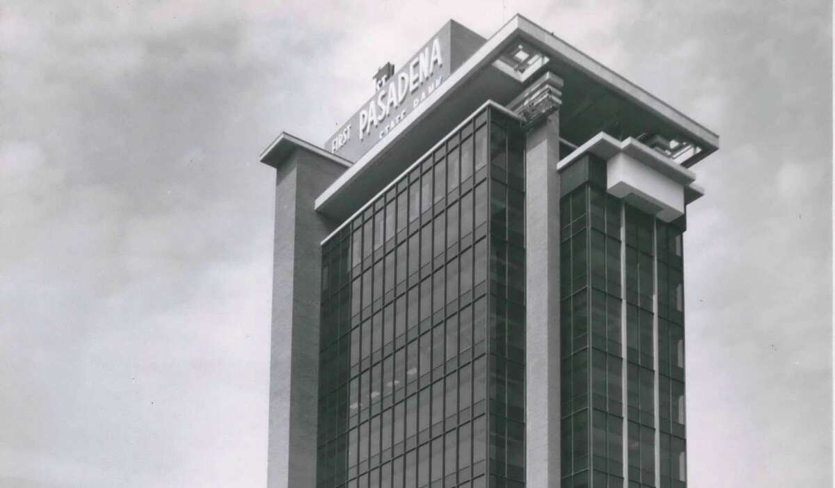 When it opened in 1963, First Pasadena State Bank's skyscraper was a major source of Pasadena pride.