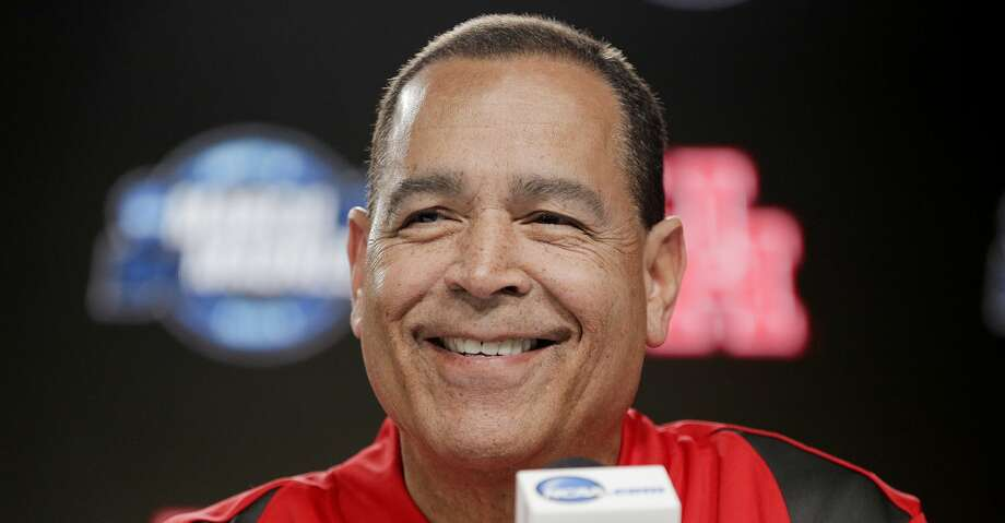 Houston Cougars head coach Kelvin Sampson answers questions from the media during a press conference on Thursday, March 29. 2019 at the Sprint Center in Kansas City, MO. Houston will take on Kentucky Wildcats on Friday in the NCAA tournament. Photo: Elizabeth Conley/Staff Photographer
