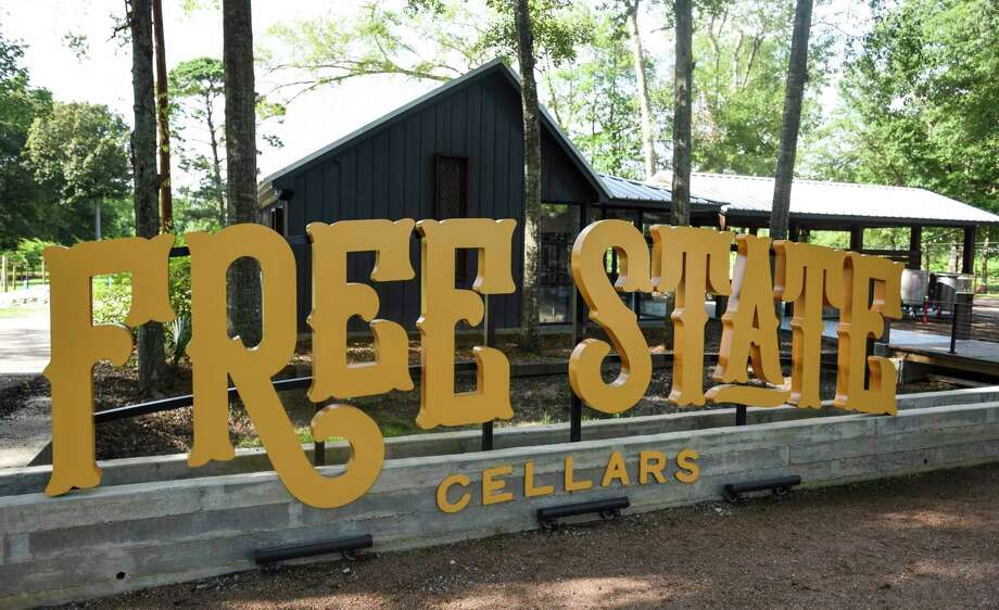 Free State Cellars signs sit in front of the winery in Orange on Wednesday afternoon. Photo taken on Wednesday, 07/10/19. Ryan Welch/The Enterprise Photo: Ryan Welch, Beuamont Enterprise / The Enterprise / © 2019 Beaumont Enterprise