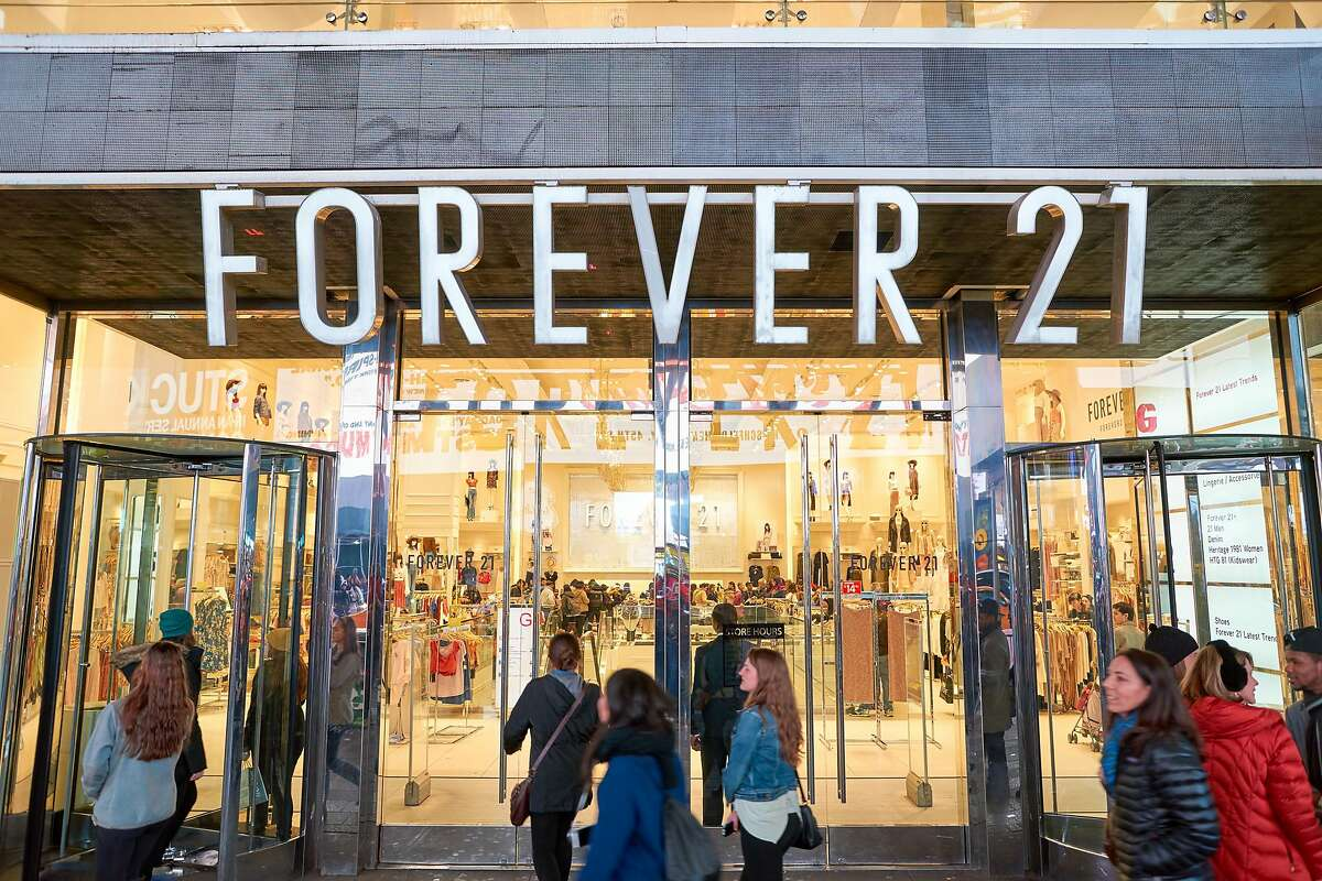 Forever 21 capped months of speculation about its restructuring efforts by saying that it would cease operations in 40 countries, including Canada and Japan, as part of a Chapter 11 filing.