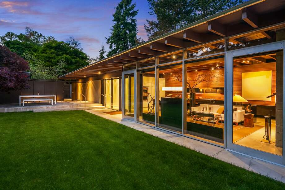 With famous architect and landscaper, this 1-BR in Medina asks $3.5M Photo: Clarity NW