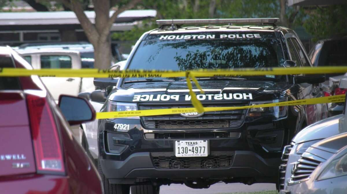 Houston police officers investigate a deadly stabbing at an apartment complex in the 1300 block of Eldridge Parkway on Wednesday, July 17, 2019.