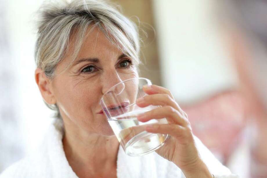 RVNA gives advice on daily water intake. Photo: Contributed Photo. / goodluz/123RF