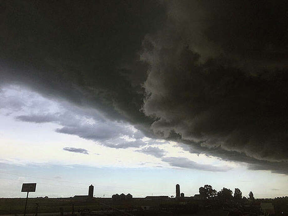 Massive storm clouds roll into the region Wednesday. Photo: Joy Harris | Reader Photo