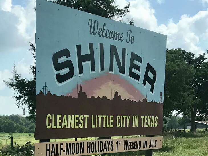 With clean streets and attractive, well-kept houses, Shiner lives up to its slogan.