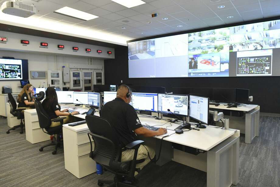 The USAA Unified Command Center, which monitors and responds to storms, power outages and other events, is located in a newly renovated space. Photo: Billy Calzada/Staff Photographer