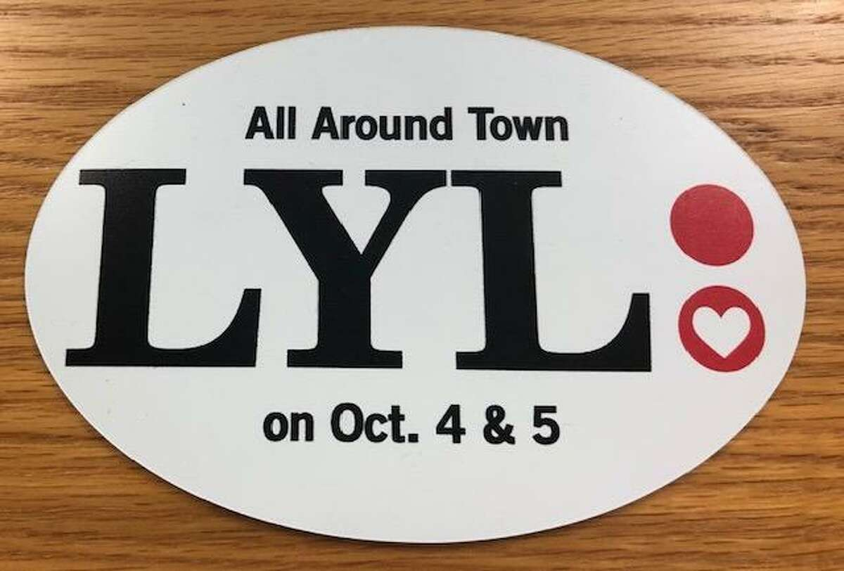 The 2019 Love Your Library magnet is available.