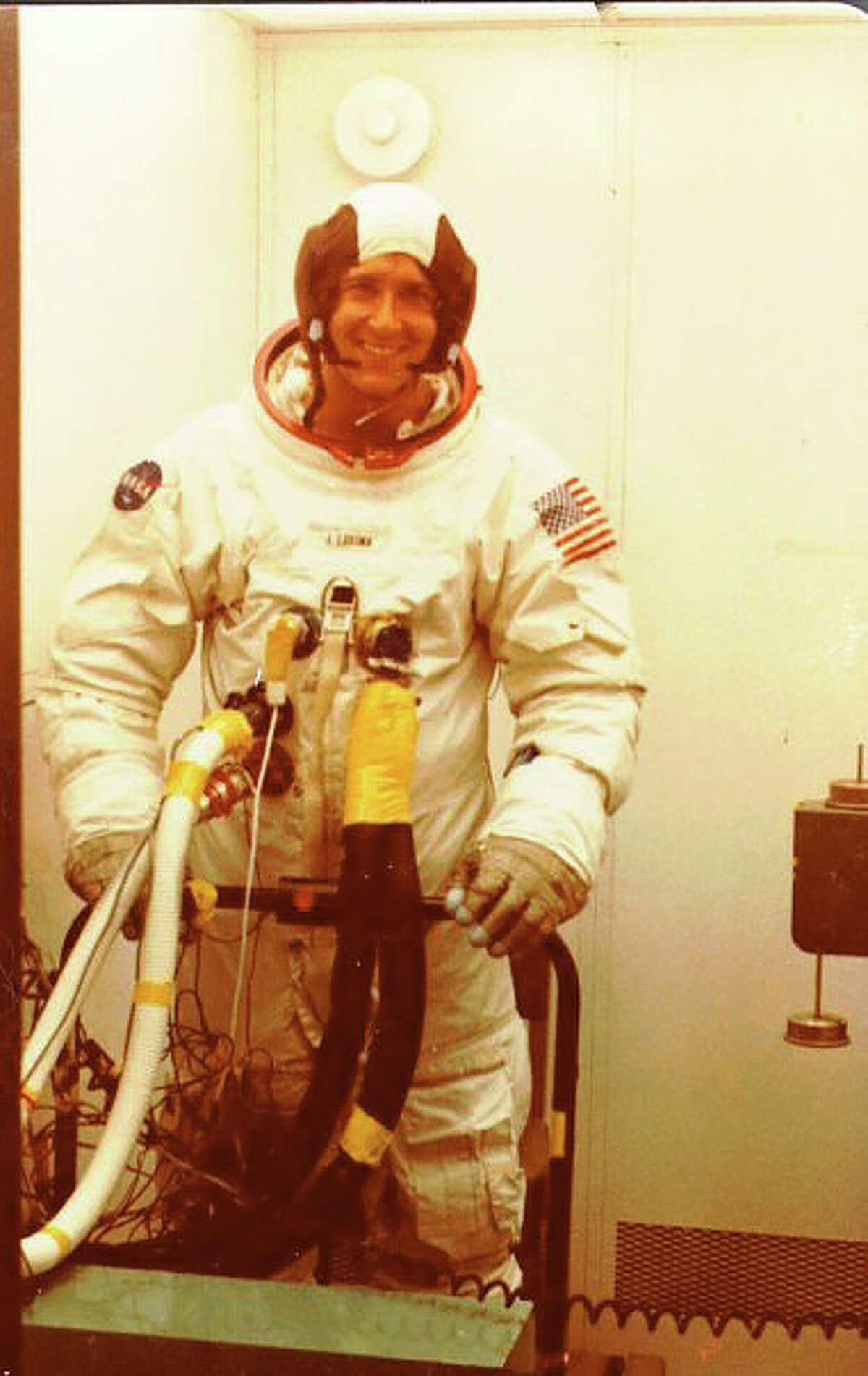 Lawrence Kuznetz: On the console at Mission Control.Editor's note: Dr. Lawrence H. Kuznetz is a veteran of the space program. He was a flight controller during Apollo, helped build the space shuttles and was Life Science Experiment Manager for the International Space Station. He is also project leader for the team designing the spacesuits that could be used on the human exploration of Mars.