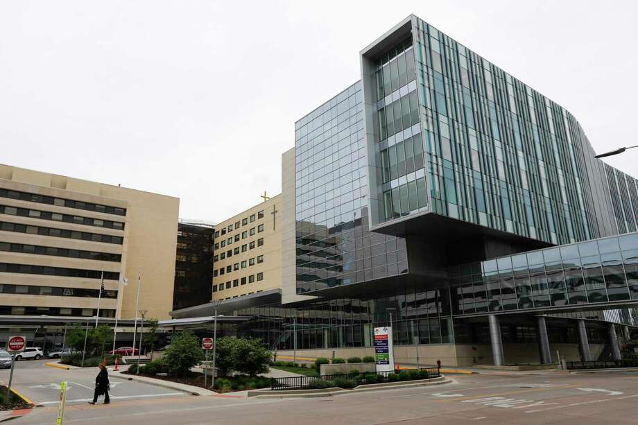 FILE —The family's lawyer says Advocate Christ Medical Center in suburban Oak Lawn has sent some $300,000 in bills for Yovanny Lopez's care. Photo: Jose M. Osorio, TNS / Chicago Tribune
