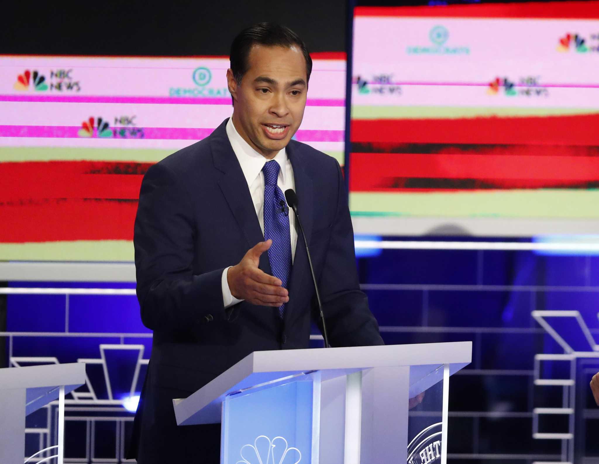 Julián Castro on stage with Joe Biden in next Democratic debates