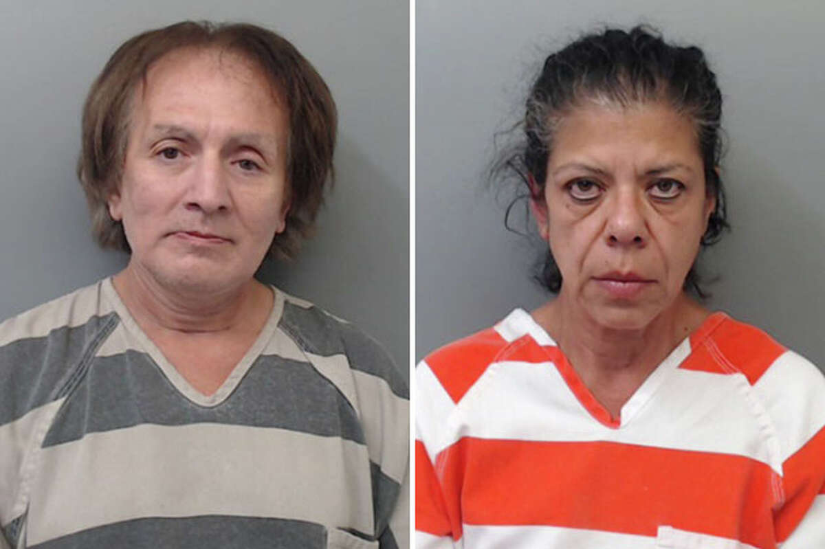 A couple has been arrested for allegedly stealing a purse from a shopping cart at a local Walmart.