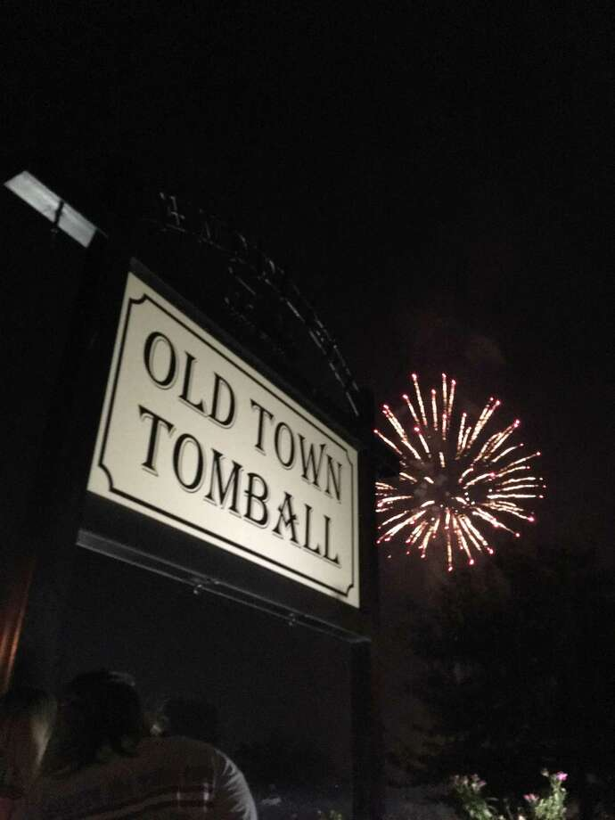 The latest Tomball Night on Aug. 2 will feature vendors from all around the Tomball area, fireworks, family activities like face painting, and mystery shoppers with $100 bill prizes. Photo: Greater Tomball Area Chamber Of Commerce