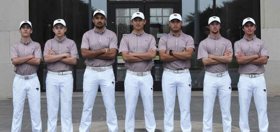 The TAMIU golf team had a 3.507 team GPA to become one of 32 teams to earn President's Special Recognition from the Golf Coaches Association of America. Photo: Matthew Balderas /TAMIU Athletics