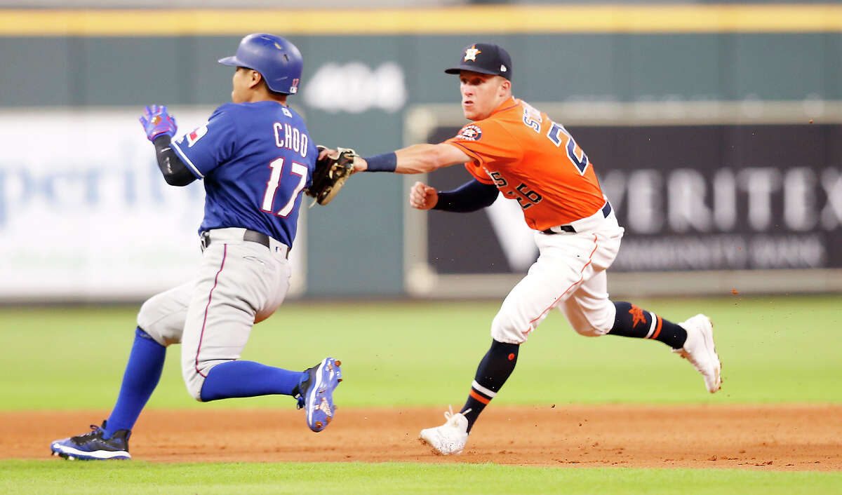 After being on the same cable TV channel for years, the Astros and Rangers could again share a home if the Sinclair Group is successful in acquiring AT&T's regional sports networks.
