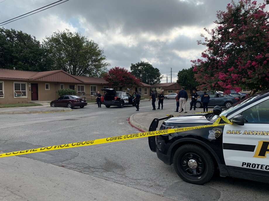Three people were hospitalized after a shooting Saturday morning on the near West Side, Saturday July 20, 2019, according to the San Antonio police. Photo: Brooke LaMantia