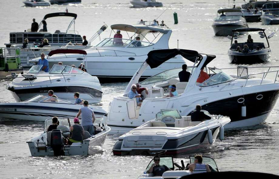 Crowded conditions on some waterways during summer can lead to conflicts and dangerous, even deadly situations that can be avoided if boaters abide by written marine laws and unwritten rules of boating etiquette. Photo: Tribune News Services, FILE / Tribune News Services / Minneapolis Star Tribune