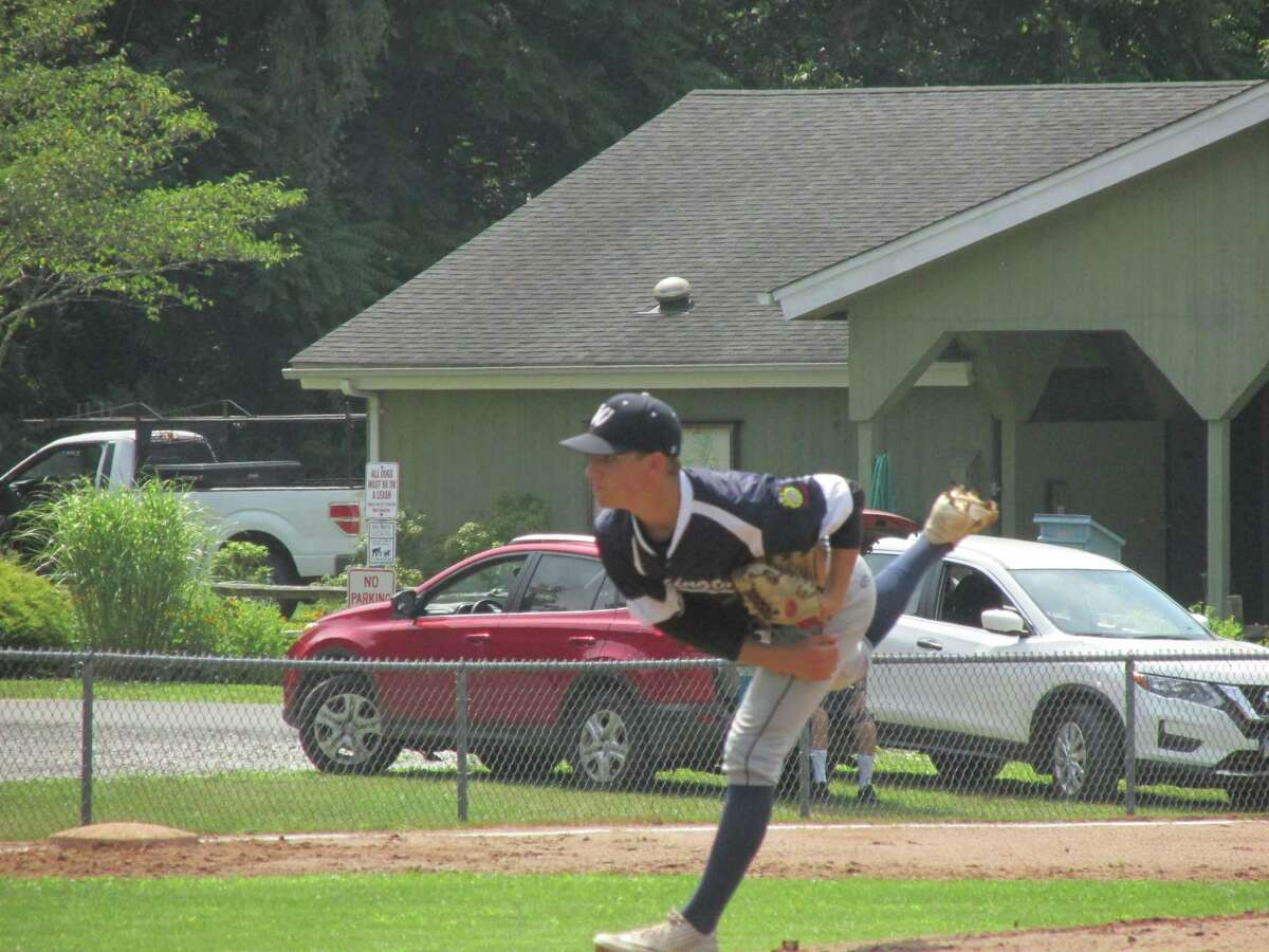 Washington starter Tim Cianciolo pitched his way out of two bases-loaded jams on the way to Washington's shutout win over Ridgefield Saturday at Ted Alex Field.