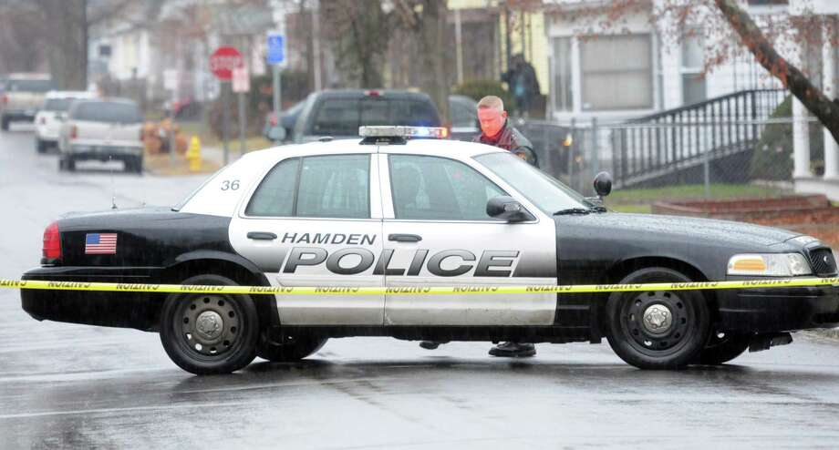 (Mara Lavitt — New Haven Register) December 29, 2013 Hamden police car. Photo: / / Mara Lavitt