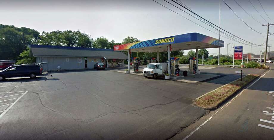 A Universal Drive convenience store in North Haven was issued a $570 civil penalty by the Federal Food and Drug Administration after an inspection revealed the establishment had sold e-cigarette products to a minor, complaint documents said. A March inspection conducted by an FDA-commisioned inspector revealed that the Jaffa Mini Mart at the Sunoco gas station at 23 Universal Drive revealed that the establishment sold an e-liquid nicotine delivery system and e-liquid to a minor without verifying their identification, according to documents. Photo: Google Street View Image