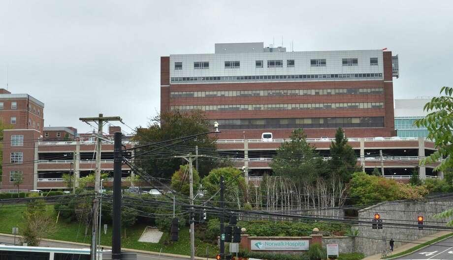 An oxygen tank exploded Sunday night at the ambulance bay of the Norwalk Hospital. Photo: Alex Von Kleydorff / Hearst Connecticut Media / Norwalk Hour