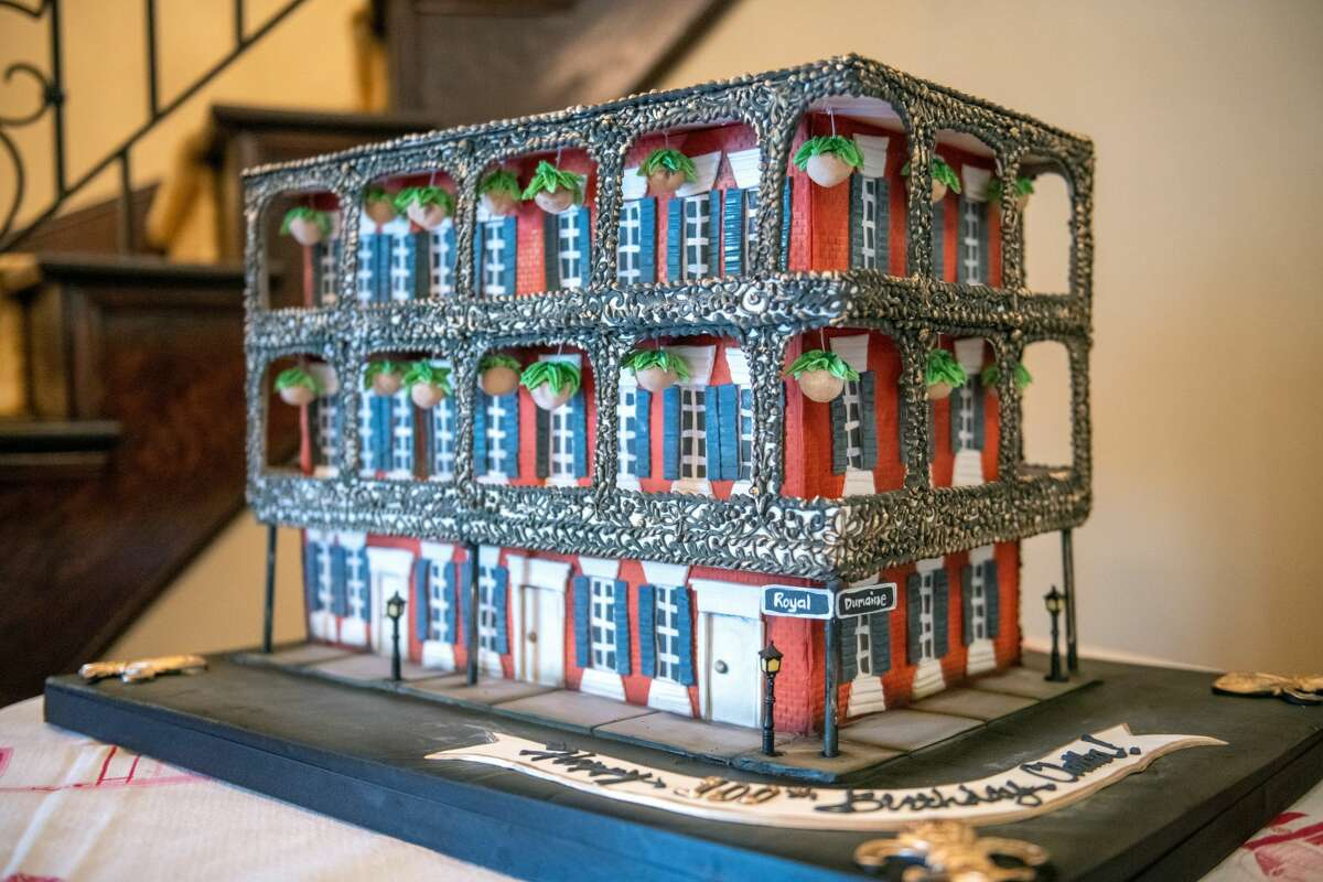 A deliciously- intricate photo on Houston cafe and bakery Common Bond's website shows the Miltenberger House on Royal Street in New Orleans. Except the house is made entirely out of cake.