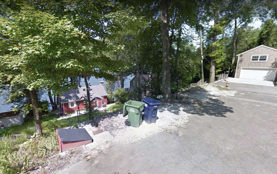 38 Waterview Drive in Danbury Photo: Google Maps