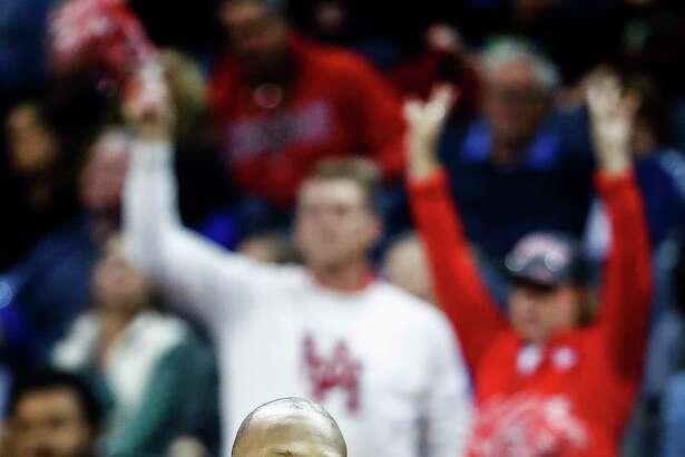Memphis head coach Penny Hardaway is not a fan of UConn leaving the AAC.