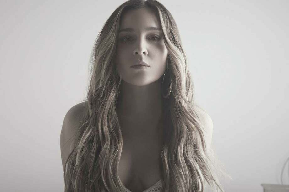 Alisan Porter will perform at the Ridgefield Playhouse on July 27. Photo: Ridgefield Playhouse / Contributed Photo