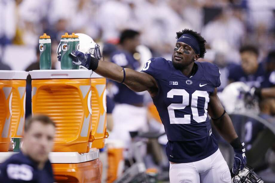 INDIANAPOLIS, IN - DECEMBER 03: Johnathan Thomas #20 of the Penn State Nittany Lions reaches for a Gatorade on the sideline against the Wisconsin Badgers during the Big Ten Championship game at Lucas Oil Stadium on December 3, 2016 in Indianapolis, Indiana. Penn State defeated Wisconsin 38-31. (Photo by Joe Robbins/Getty Images) Photo: Joe Robbins/Getty Images