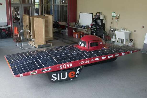The Southern Illinois University Edwardsville School of Engineering's (SOE) solar car team received the battery pack design award at the 2019 Formula Sun Grand Prix (FSGP) in Austin, Texas. The SIUE team presented its 3-wheeler, which was grandfathered in for the last year for such models. SIUE was the only car in this category.