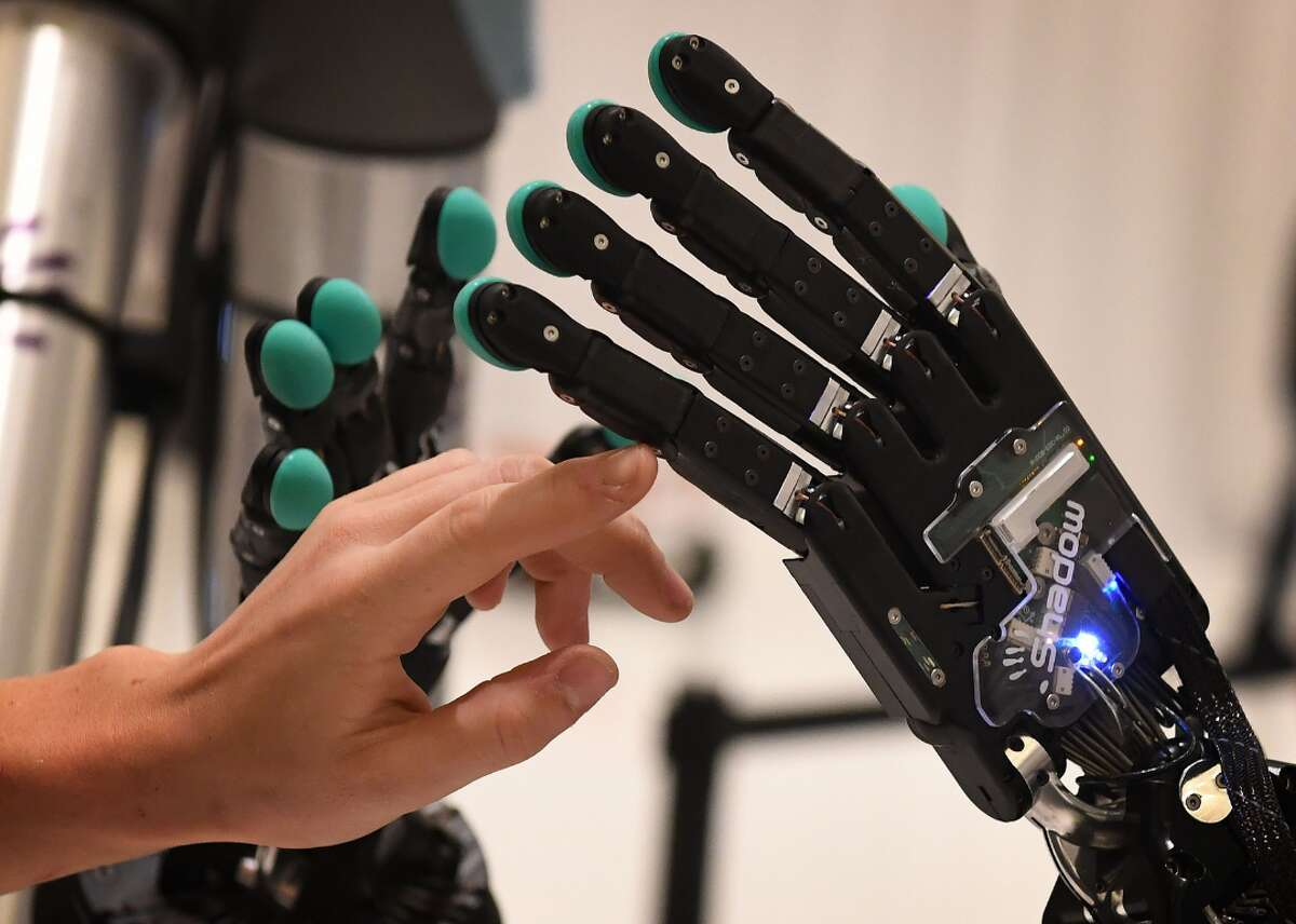 25 stunning advances in artificial intelligence Artificial intelligence (AI) is defined as