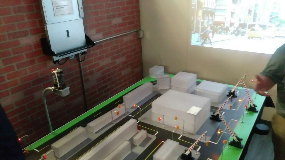 In the Internet of Things Innovation Center, HPE demoed technology possible with their computing, including digital radiology and a flood prevention system that can close roads and alert citizens in real-time.